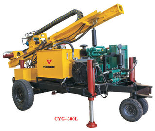 Hydraulic Top Head Surface Diamond Core Drilling Rig / Crawler Drilling Machine